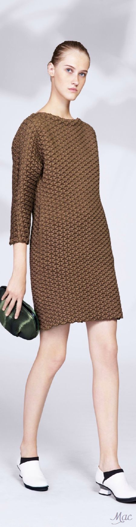 Resort 2016 Issey  women fashion outfit clothing stylish apparel @roressclothes closet ideas