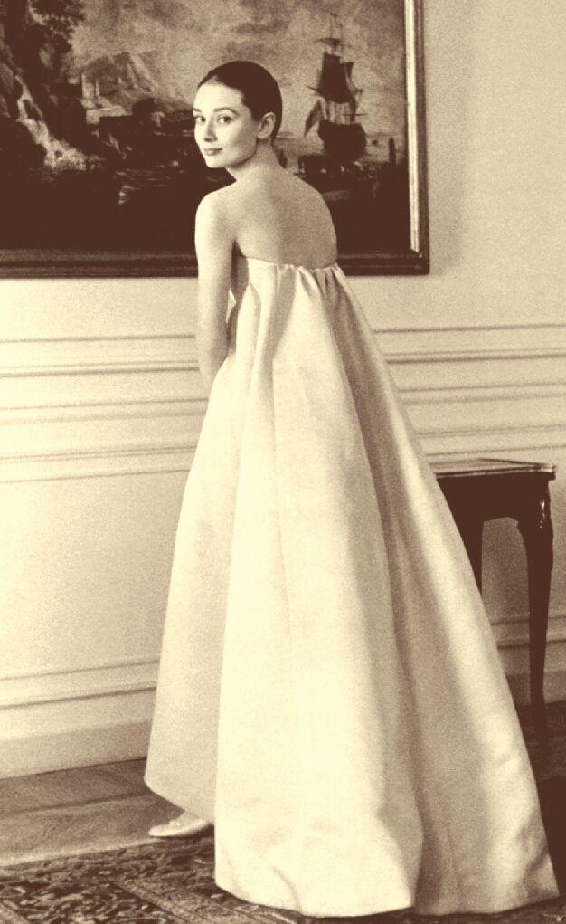 30++ Audrey hepburn givenchy wedding dress ideas