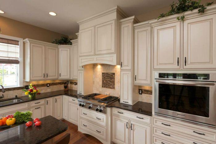64 Best Kitchen Tile Backsplashes Images On Pinterest