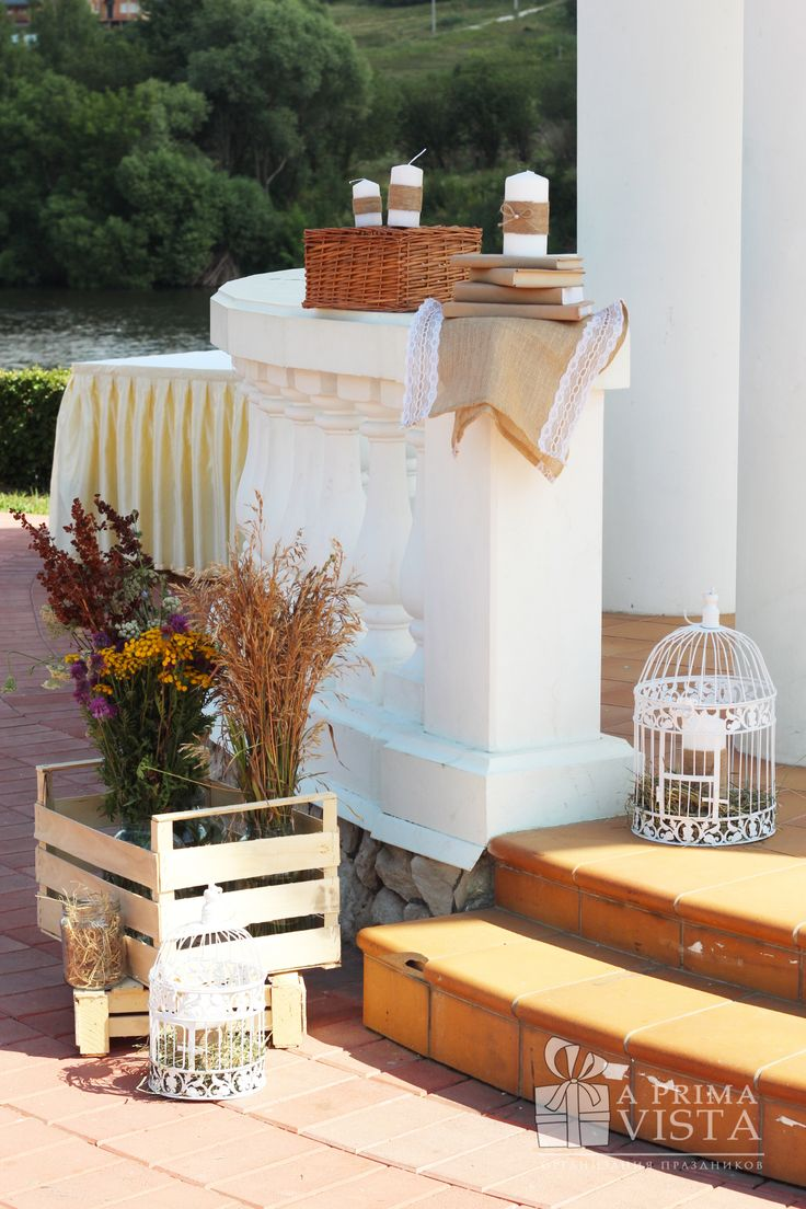 Rustic wedding ideas. Rustic decor. Cage. Candles.