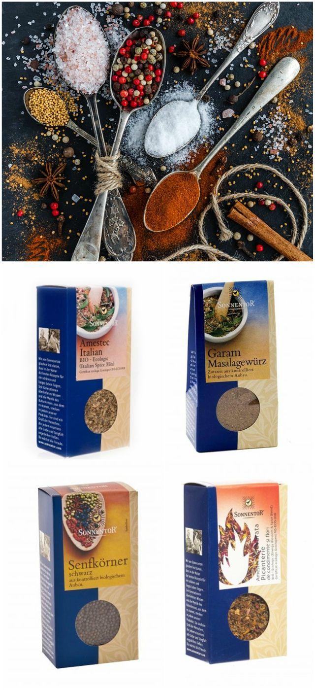 """De la Sonnentor poți comanda pe http://realfoods.ro/ condimente eco: """"Adevărata picanterie"""", condiment iute pentru supe, sosuri, tochituri sau paste; amestec """"Garam Masala"""", bazat pe gustul intens al chimionului și potrivit mâncărurilor din bucătăria indiană; amestec italian pentru iubitorii de arome mediteraneene sau semințe de muștar negru, de adăugat în mâncăruri orientale precum dhal sau curry."""