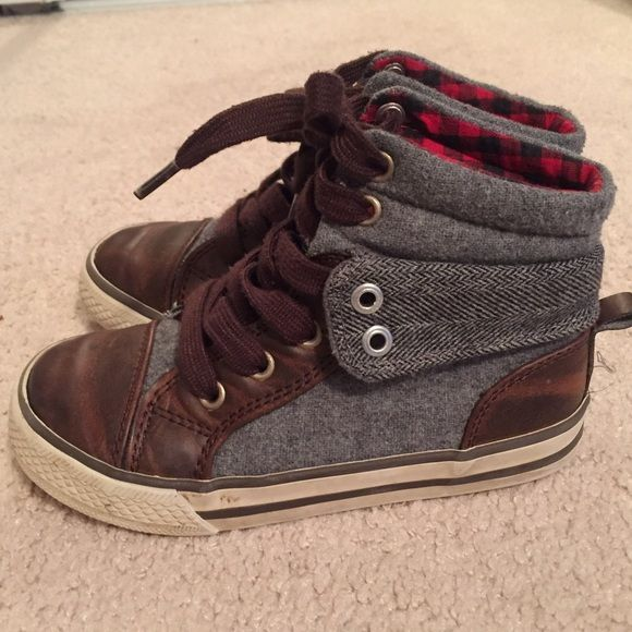 Gap Boys High Top Shoes Toddler Size 10