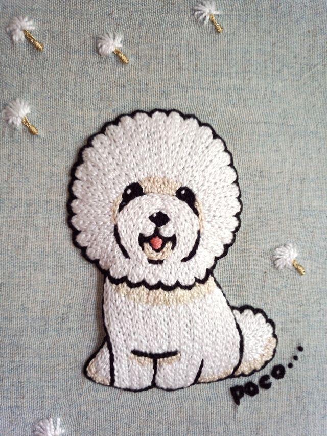 飾る刺繍 Mサイズ 「綿毛とビションとそよ風と」