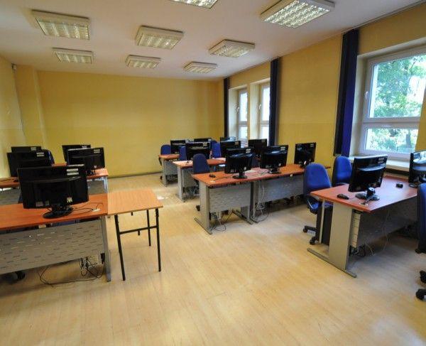 Sala komputerowa w Chorzowie - #sale #saleszkoleniowe #salechorzow #salachorzow #salaszkoleniowa #szkolenia  #szkoleniowe #sala #szkoleniowa #chorzowie #konferencyjne #konferencyjna #wynajem #sal #sali #szkolenie #konferencja #wynajęcia #chorzow #chorzów #komputerowa