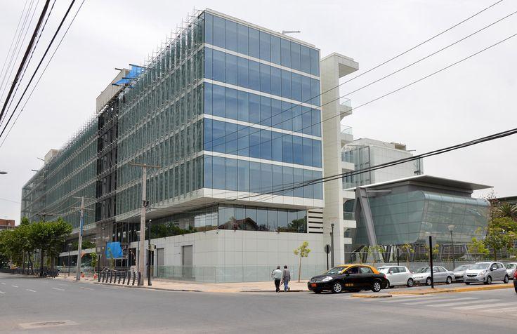 Galería de Facultad de Ciencias Físicas y Matemáticas Universidad de Chile / Borja Huidobro + A4 Arquitectos - 3