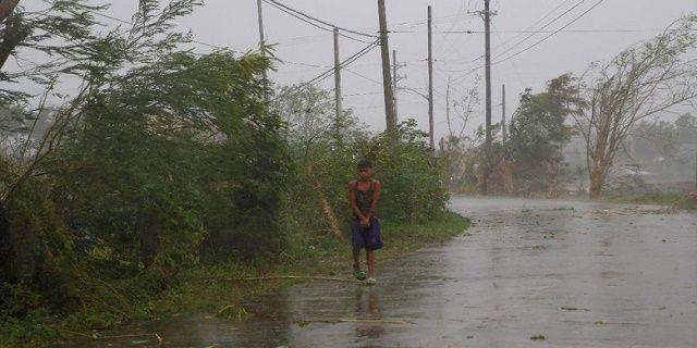Diterjang Topan Super Haima, Filipina Evakuasi 90 Ribu Warga - Indopress, Manila– Topan super Haima menerjang wilayah Filipina pada Rabu (19/10) malam waktu setempat. Topan ini bergerak ke kawasan pegunungan dan lahan pertanian warga yang ada di bagian utara Pulau …
