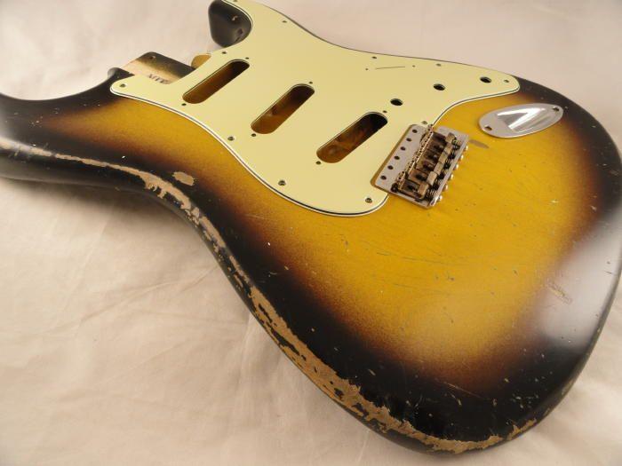 22 - 2 Tone Sunburst