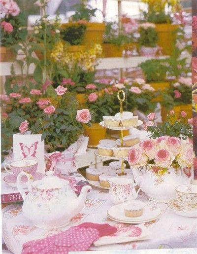 rosesTeas Time, Parties Tables Sets, Vintage Teas, Tea Parties, Afternoon Teas, Vintage Parties, Bridal Shower, Gardens Parties, Teas Parties