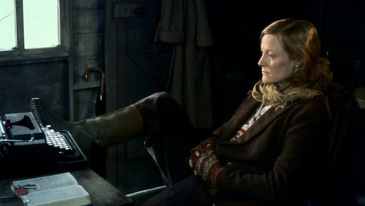 Geraldine Somerville as Daphne Du Maurier