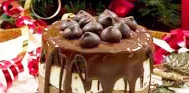 Christmas Eve Chocolate Cake: Christmas Baking, Eve Chocolates, Chocolates Cakes, Cakes Cupcakes, Christmas Yummmi, Chocolates Christmas, Desserts Yummy, Christmas Eve, Chocolate Cakes