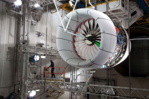 Rolls-Royce / Trent XWB on a Test Bed / Photography / 2012