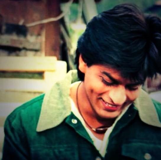 Shah Rukh Khan - Dilwale Dulhania Le Jayenge (1995)