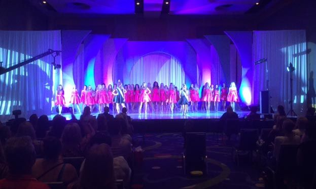 We did the Miss Teen America this weekend! Miss GA almost won but she came in 2nd place Miss Texas won the pagent.