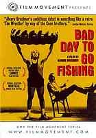 "Mal día para pescar - Bad Day to Go Fishing: acob van Oppen, the former ""strongest man on earth"" and now an alcoholic, and his manager Orsini, who calls himself ""the Prince,"" make a good living by traveling around small South American towns and organizing wrestling exhibitions. Arriving in Santa Maria, they are met with uncommon enthusiasm..."