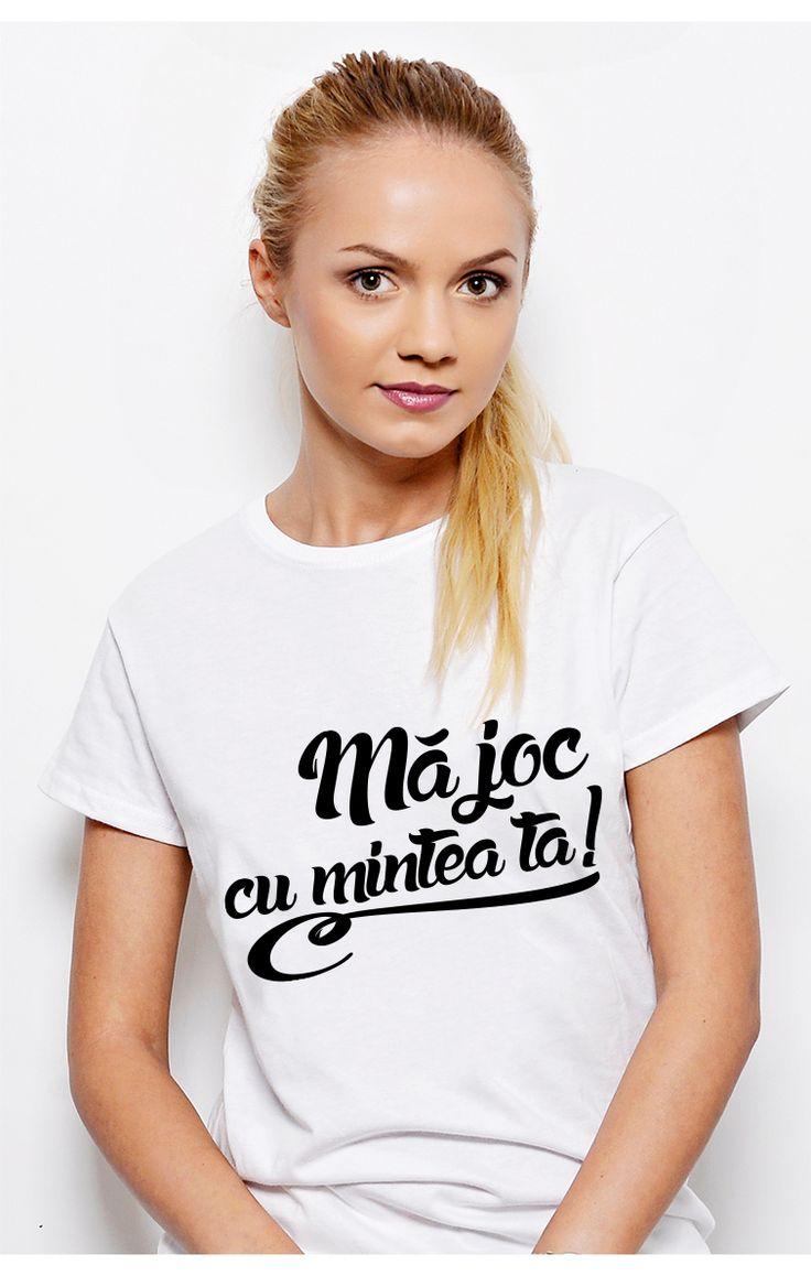 Un tricou #ruvix ce se joacă cu mintea ta!  Comandă acum -> http://ruvix.ro/produs/tricou-ma-joc-cu-mintea-ta/