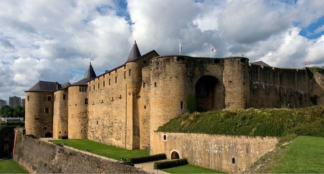 Chateau-fort-sedan #tourisme #campingcar