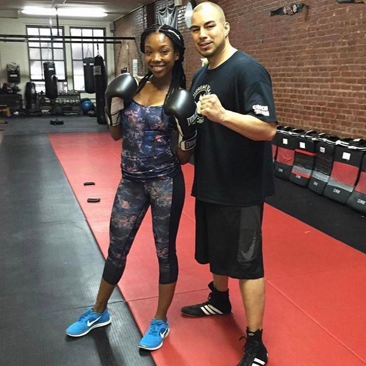 #Repost @supremeteamboxing ・・・ #FBF @4everbrandy with @itscoachnelson after a great #boxing #session ��  Sign up for #PrivateSessions or #Group #Boxing or #kickboxing #Classes at www.SupremeTeamBoxing.com �� For info on our Long Island City gym or private training at our Manhattan location Email @itscoachnelson at Nelson@learn2box.com or call/text 347-290-6961  For info on our Florida gym call/text Coach Milton lacroix (305) 582-0712  @miltonsupreme1…