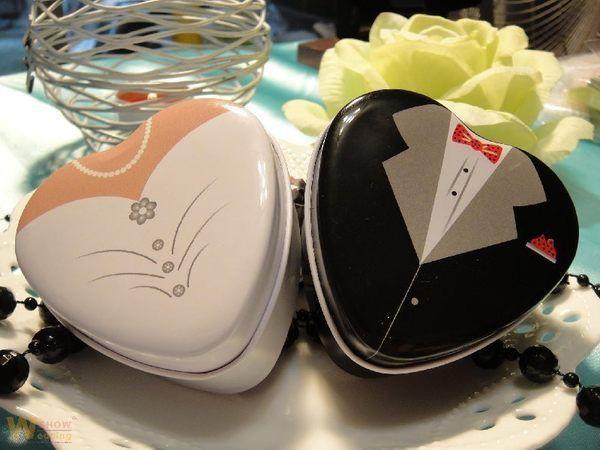 Смокинг Невеста Дизайн Шоколадные Подарки Конфеты Металлические Коробочки 24 шт. для Свадебной Церемонии Партии Веществе Сувениры