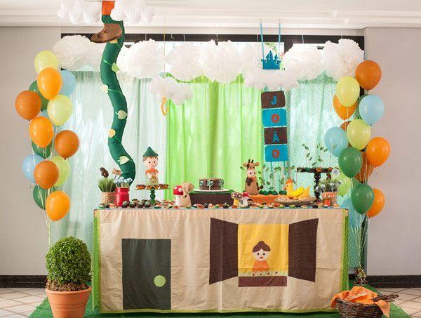 Festa decorada João e o Pé de Feijao para meninos