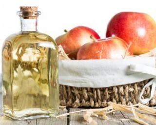 Boisson minceur au vinaigre de cidre : http://www.fourchette-et-bikini.fr/recettes/recettes-minceur/boisson-minceur-au-vinaigre-de-cidre.html