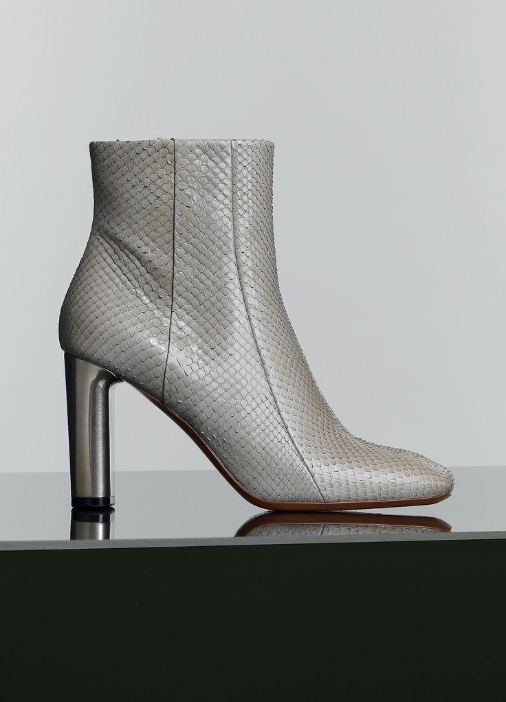 17 meilleures images propos de boots femmes sur pinterest bottines en cuir glise et python. Black Bedroom Furniture Sets. Home Design Ideas