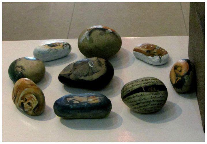 #pebble #painting #gift #creative #idea #yogiarts