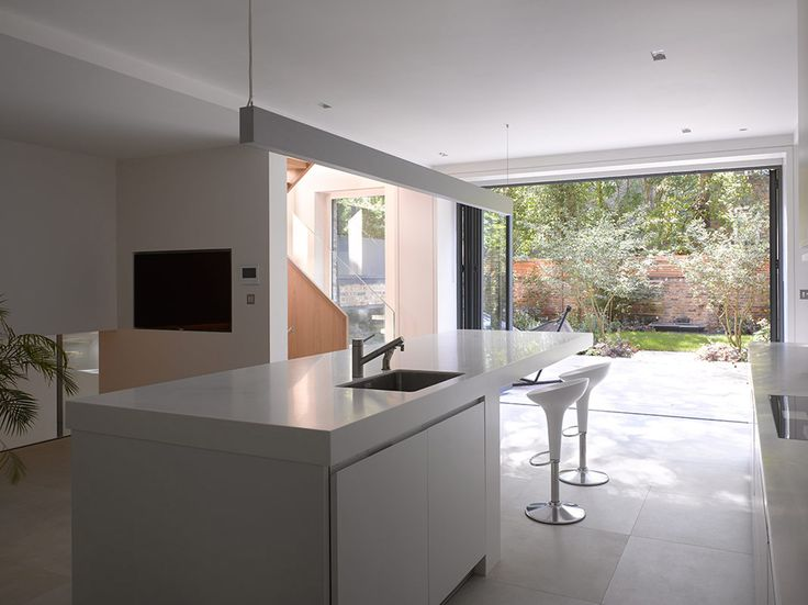 House in Notting Hill Gate by Theis + Khan
