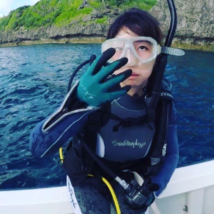 沖縄ダイビング mahaloha さんはinstagramを利用しています はじめての バックロール エントリー なかなか決まってます 今日からマンツーマンで アドバンス講習 沖縄県那覇市にあるダイビングショップ スキューバ ウェットスーツ ダイビング