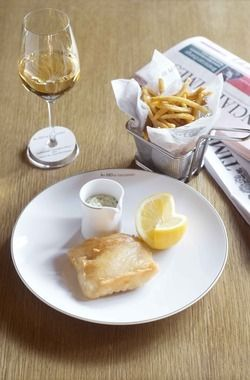 Fish and chips paired with 2014 Cloudy Bay, the Marlborough Sauvignon Blanc from New Zealand, served at Les 110 de Taillevent, Paris