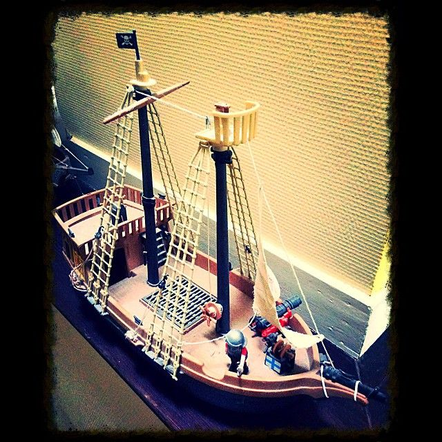 17 best images about playmobil on pinterest toys - Playmobil bateau corsaire ...
