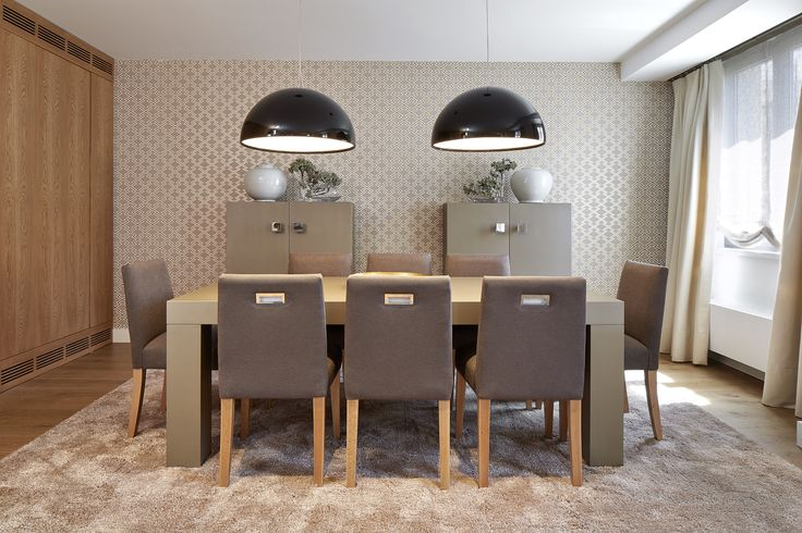 160 best viviendas urbanas images on pinterest interiors - Decoracion mesa comedor ...