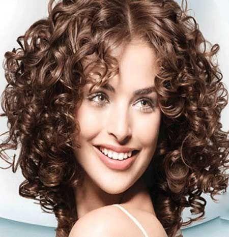 Kıvırcık Saç Kesim Modelleri