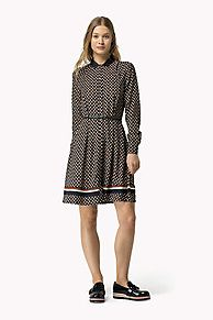 Shop de jurk met geometrische print en verken de Tommy Hilfiger jurken collectie voor dames. Gratis retourneren & verzending vanaf €50. 8719112082843