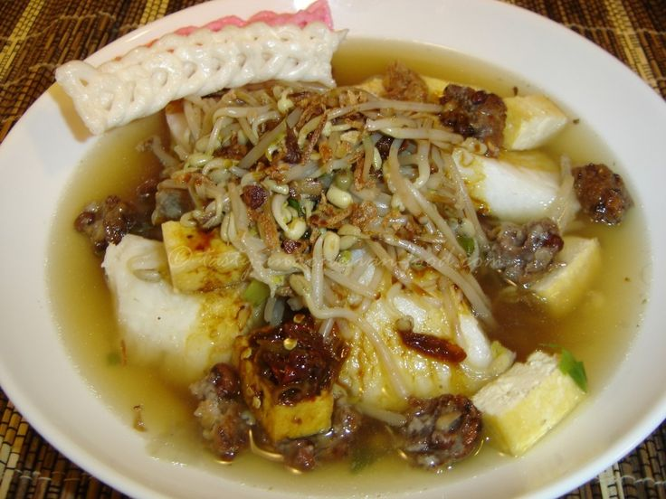 Tasty Indonesian Food - Lontong Balap