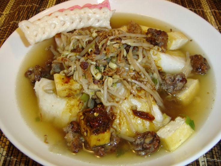 Tasty Indonesian Food - Lontong Balap