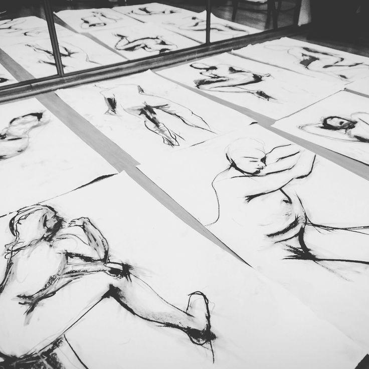 Drawings for sale!!! #art #drawing #sketch #sketching  #sketchbook  #nude #livemodel #valparaiso #saatchiart https://www.saatchiart.com/account/artworks/459176 