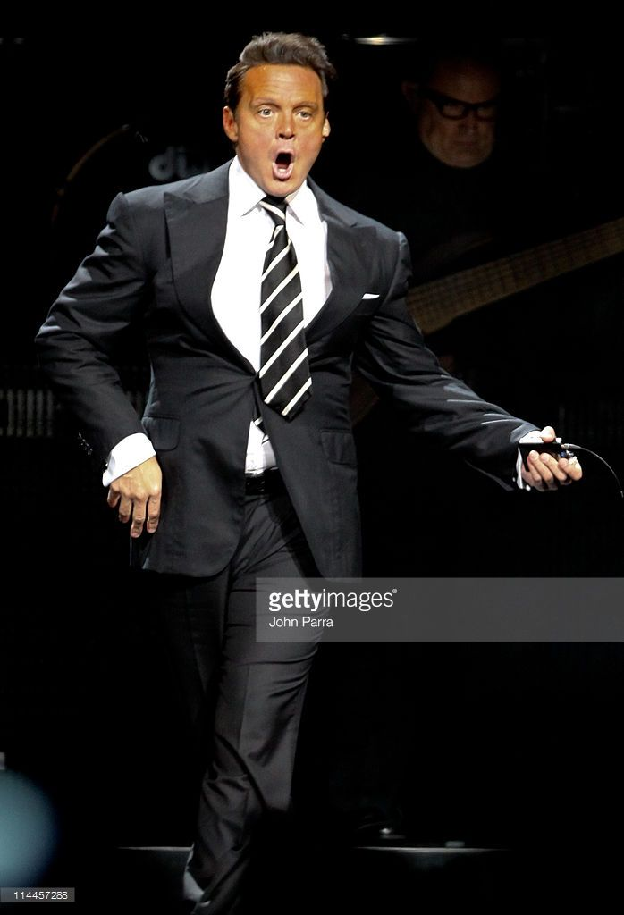 Luis Miguel performs at American Airlines Arena on May 19, 2011 in Miami, Florida.
