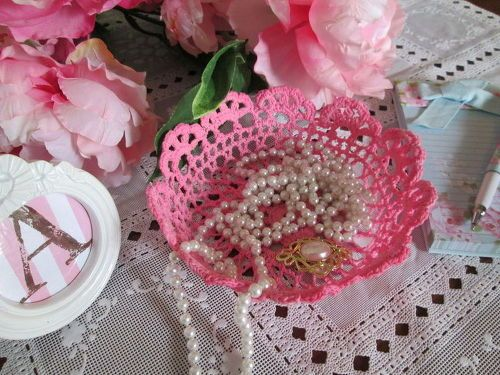 s 17 high end ways to use mod podge in your home, crafts, decoupage, home decor, Craft delicate bowls from doilies