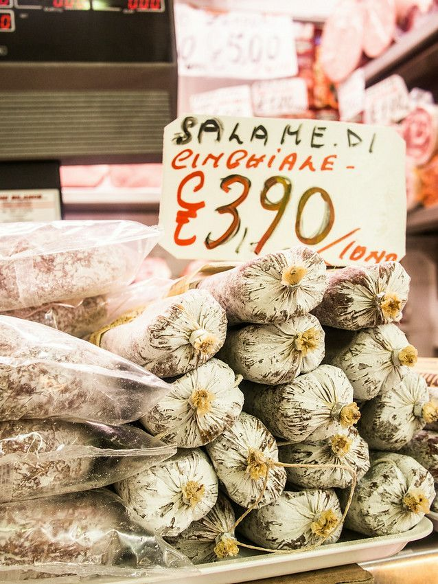 Discovering Modena Italy - Learn all the things to do in Modena and most importantly what to eat in restaurant.