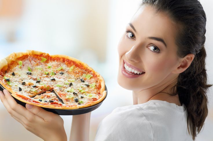 Cum sa prepari o #pizza sanatoasa cu putine #calorii. #mancare #nutritie #retete #slabit #dieta