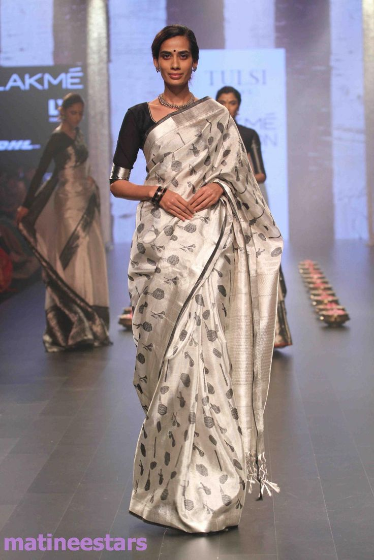Models Walks For Santosh Parekh At Lakme Fashion Week Winter Festive 2016 - Hot…