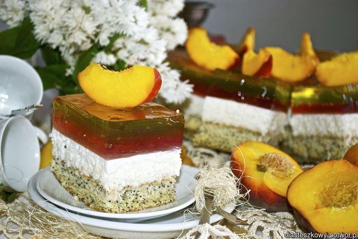 Ciasto z tęczową galaretką