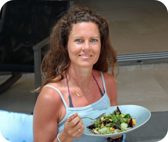Eating Plant Based Can Change Your Life – Dani Stevens