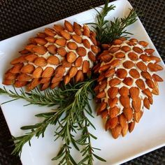 Pinecone Cheese Ball Appetizer with Almonds. Fun and Easy Christmas Party Appetizer