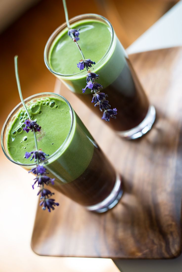 Detox drink with matcha, baobab and pomegranate