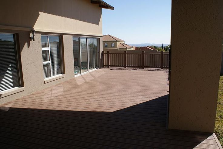 Cocoa Brown 4 Everdeck Decking
