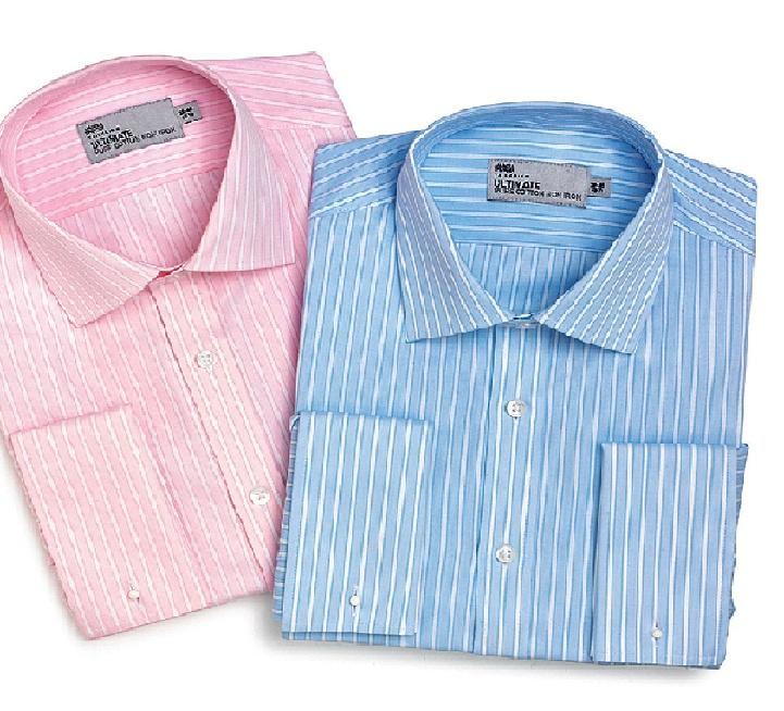 Το σιδέρωμα των ρούχων αποτελεί για πολλές γυναίκες μία βαρετή υπόθεση, που θα ήθελαν να αποφύγουν, ειδικά όταν πρόκειται για ανδρικά πουκάμισα συζύγων και συγγενών προσώπων.  Τη λύση στη βαρετή διαδικασία του σιδερώματος μας δίνουν τα Marks & Spencer, λανσάροντας μία ακόμα καινοτομία: Τα non-iron πουκάμισα.