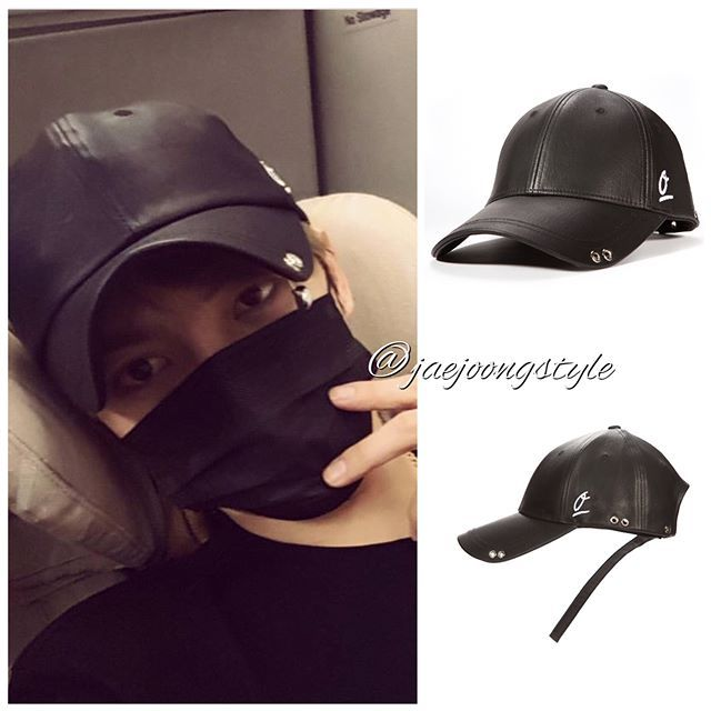 #kimjaejoong was wearing a Zéro De Conduite ZDC custom #ballcap (normal strap ₩55,000; long strap + ₩3,000) on his way home from his vacation in Japan. Credit: @jj_1986_jj IG; @zerodeconduite_official and zdc.co.kr. #jaejoong #김재중 #ジェジュン #korean #celebrity #singer #singersongwriter #rockstar #realtalent #airportfashion #congratulations #yinyuetaivchartawards2017 #bestmaleartist #theoneandonly