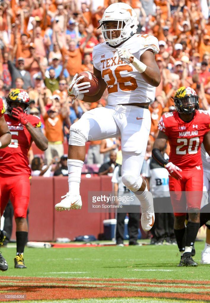 a1a6e58e2 Texas Longhorns running back Keaontay Ingram scores a touchdown in ...