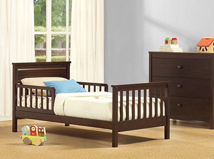 Featuring a classic silhouette and a solid wood construction, the Baby Relax Haven Toddler Bed is the perfect solution for parents seeking to transition their little ones easily from crib to bed.